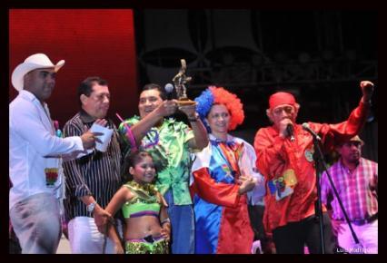 Los hermanos Zuleta recibieron un sentido homenaje de parte de la Fundación Carnaval de Barranquilla.