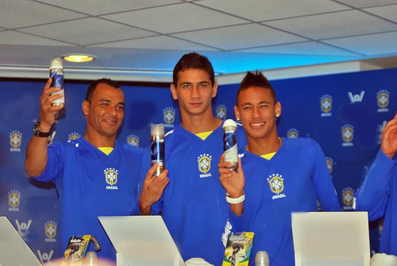 Neymar, Cafú y Ganso.