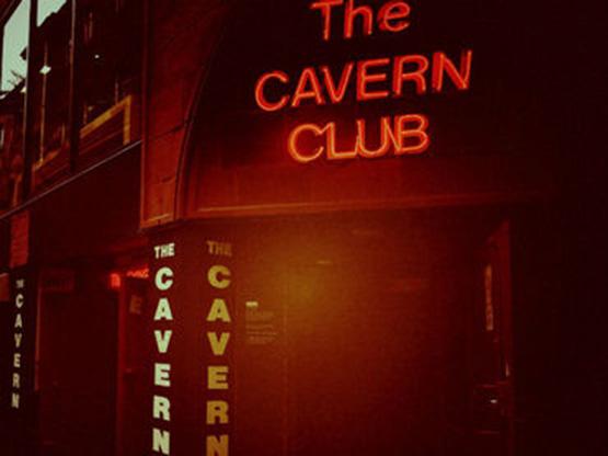 club-la-caverna