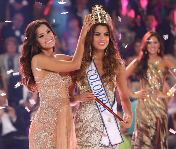 Paulina Vega-Miss Universo 2014 y Ariadna Gutierrez, virreina universal 2015