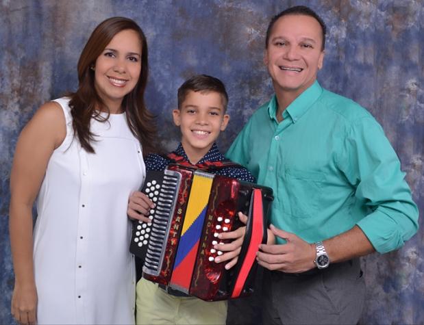 Sus padres, Ronaldo Molina Gómez y Vicky Ballestas Arnedo