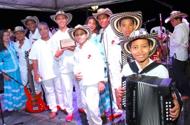 Los Niños del Vallenato de la Escuela Rafael Escalona en Mompox, Bolívar. 01