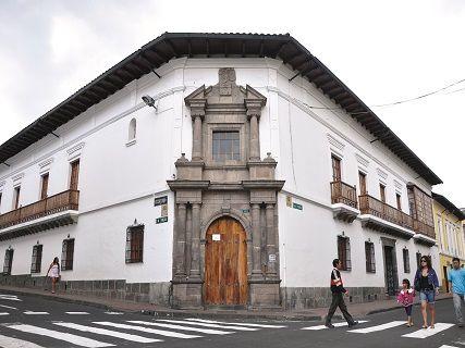 museo-de-arte-colonial-quito