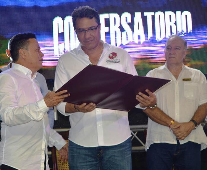 homenaje-a-la-fundacion-festival-de-la-leyenda-vallenata