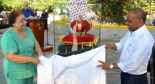 rueda-de-prensa-exhibicion-corona-rey-de-reyes