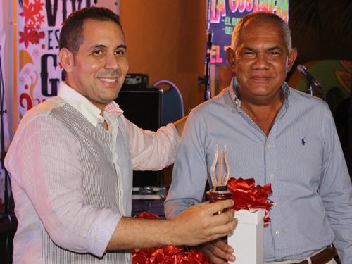 Rey de la Canción Inédita Vallenata Alfonso Cotes Maya