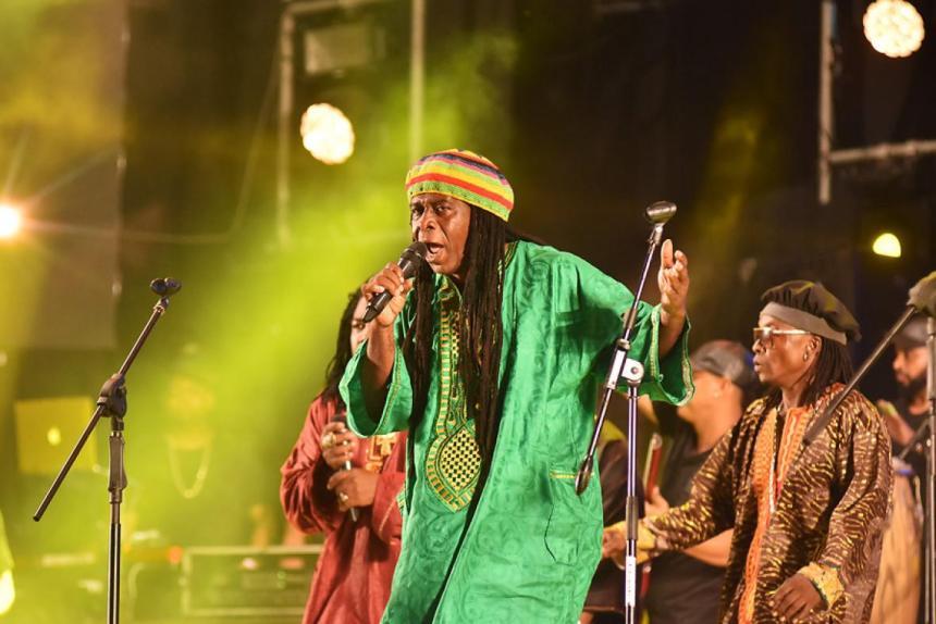 Viviano Torres fue uno de los artistas que rindió tributo a la música africana.