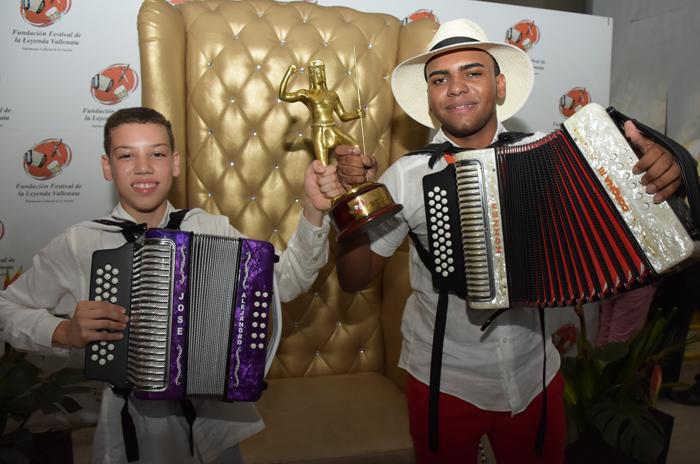 Ganadores de los concursos de acordeón infantil y juvenil 50 Festival Vallenato