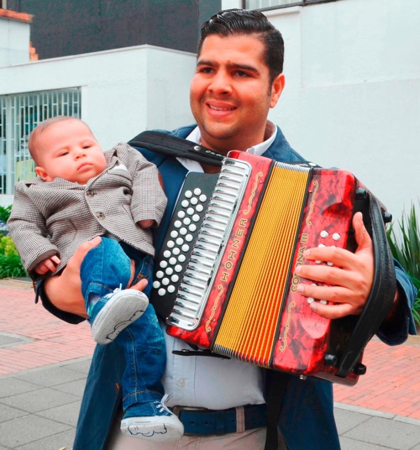 Rey Vallenato Jaime Dangond y su hijo Luciano - Foto Rubén Dario Torres