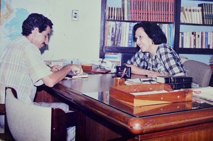 Consuelo Araujonoguera entrevistada por Juan Rincón Vanegas Foto James Castrillón