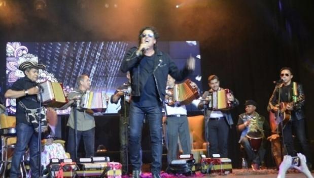 Rueda de Prensa Carlos Vives - Presentación con Reyes Vallenatos