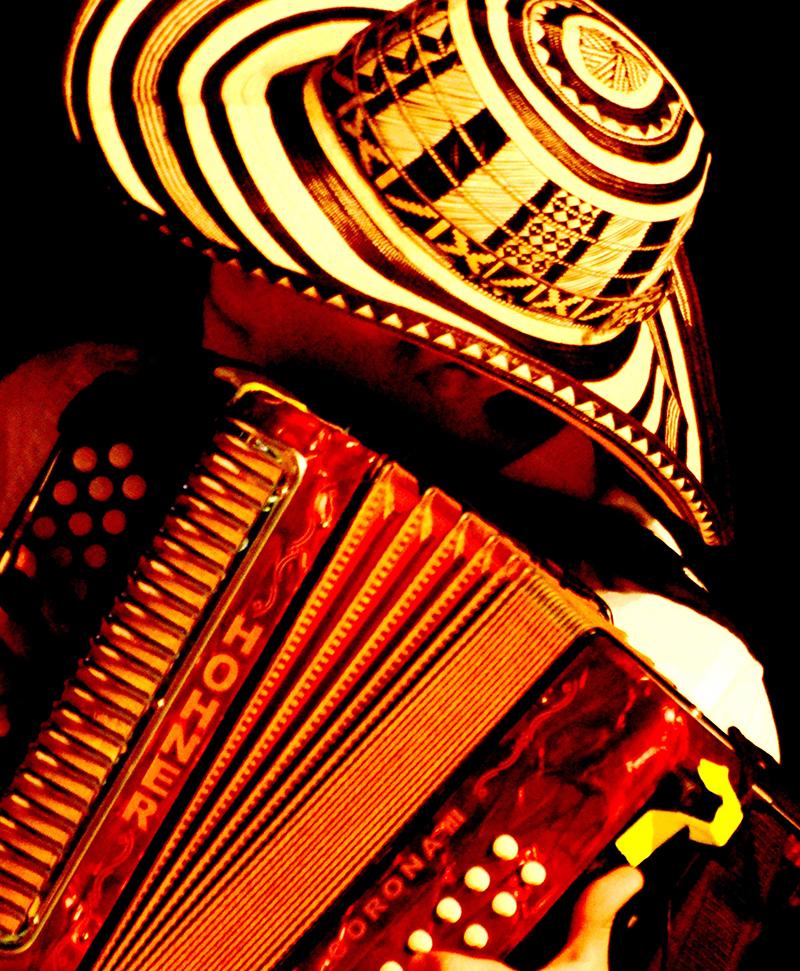 El acordeonero en plena competencia festivalera - Foto Fundación FLV