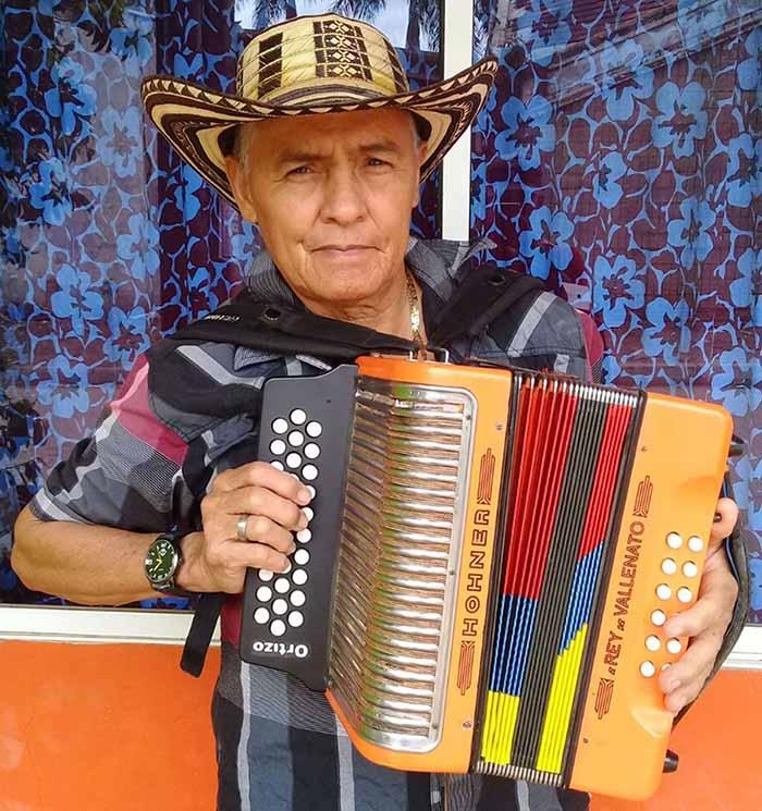Francisco Palencia Barragán, acordeonero aficionado que concursó en el Séptimo Festival Vallenato teniendo como compañero a Diomedes Díaz