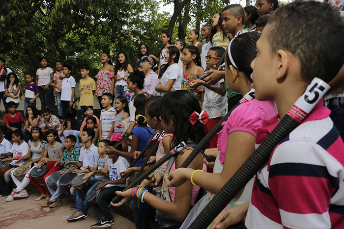 Estudiantes en estado de vulnerabilidad reciben formación en música tradicional vallenata