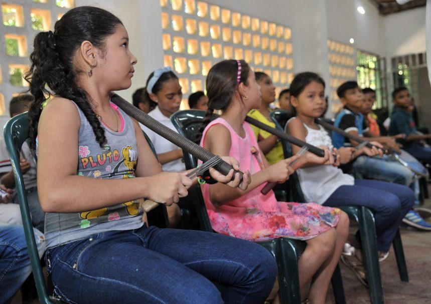 Formación Musical Vallenata - Guacharaca
