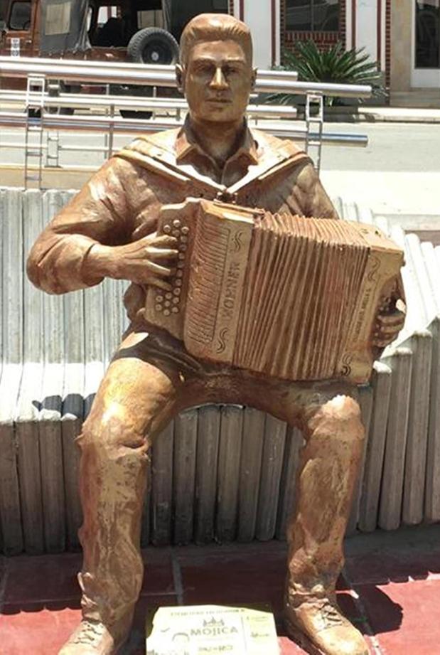 Monumento de Julián Mojica