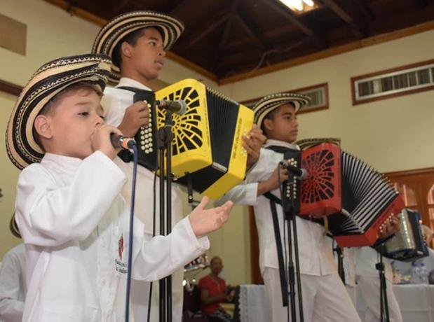 Programa de Música - Los Niños del Vallenato de la Escuela Rafael Escalona
